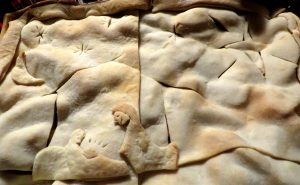 nativity-pie-crust-cropped-large